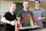 Eine Brücke aus Papier - Schüler gewinnen bei Wettbewerb